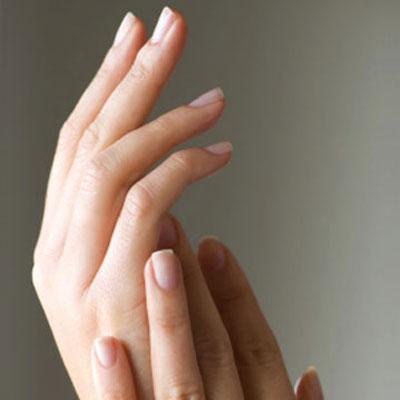Como suavizar las manos de forma natural