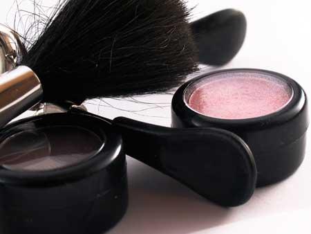 Maquillaje express con dos elementos